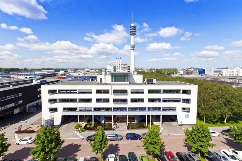 Page 03-01 - Rotterdam Office